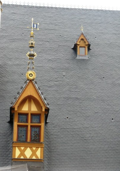 Artistic window spire Hospices de Beaune