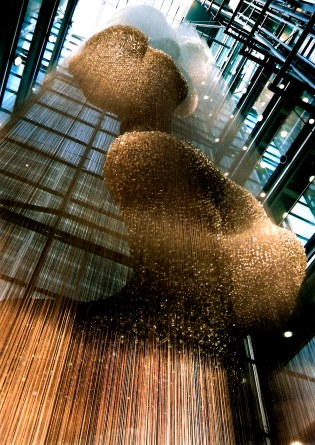 Thomas Heatherwick's Bleigiessen in London - Atrium of suspended glass beads