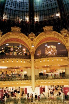 Galéries Lafayette galleries and glass dome - Paris