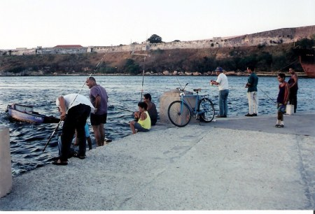 Havana-fishermen-at-the-Almendares-River-Malecon