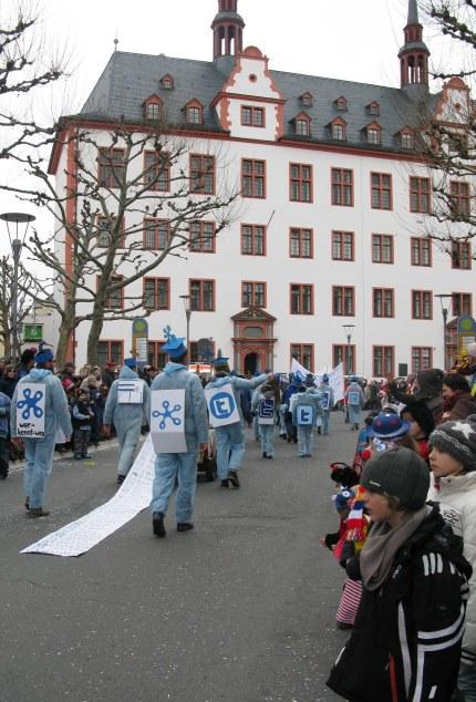 Mainz Carnival Children's Parade Facebook friends