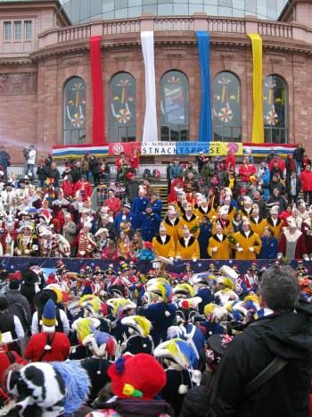 Mainz Carnival Parade colourful Carnival Posse
