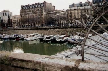 Seine marina - Paris