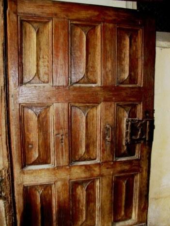 Carved door Hospices de Beaune